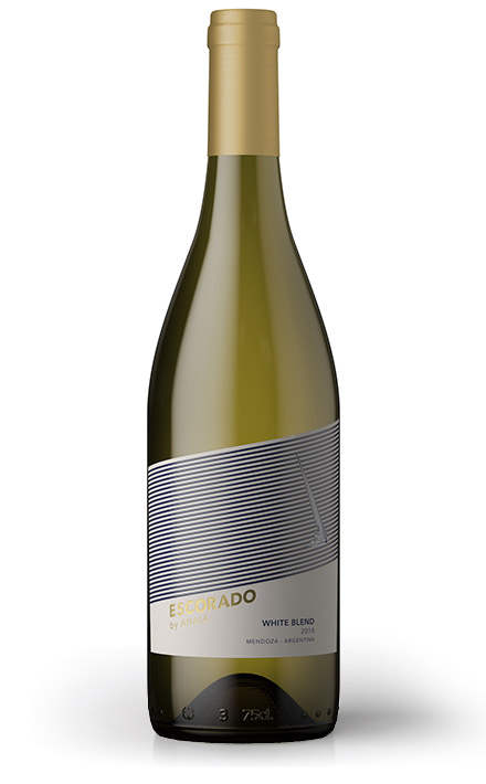vino escorado white blend